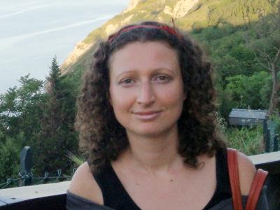 Dr. Elisabetta Ballarini
